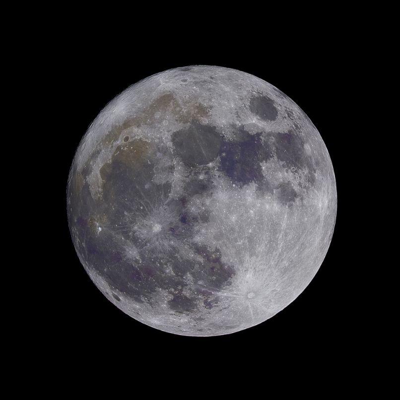 Kraters op de maan
